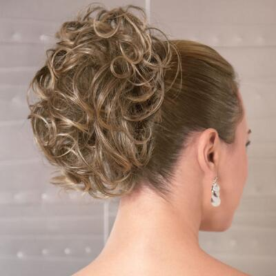 Fancy Curls Clip-on by Revlon