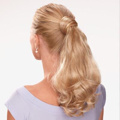 Loose Waves Ponytail by Paula Young