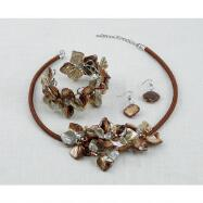 Shell Flowers Necklace, Earring and Bracelet Set - Brown